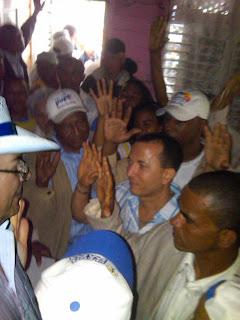 Osiris Guzmán califica de exitoso recorrido de Hipólito Mejía por el municipio de Cambita Garabitos