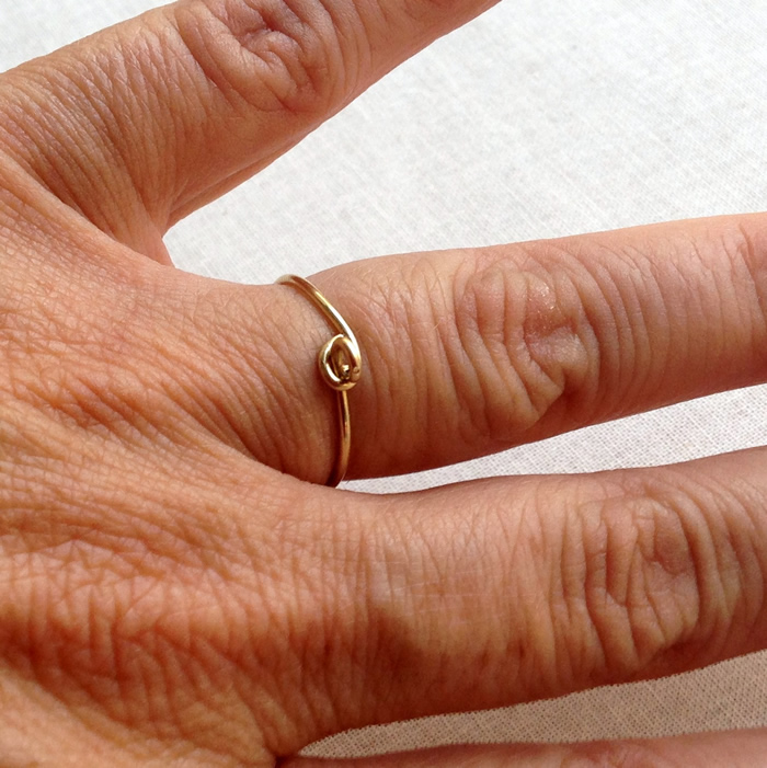 Make a wire wrap stacking ring with bead dangles - use up your bead stash.  DIY - Lisa Yang's Jewelry Blog