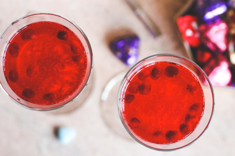 Galentine's Day Drinks — via @Wandeleur