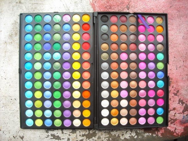 Review | Tmartu2019s 168-Color Eyeshadow Palette - The Touch Of Yellow - Writings Of Beauty ...