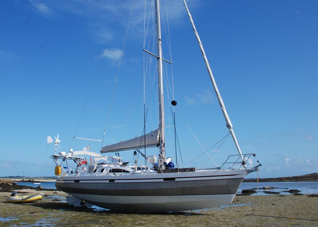 John Rodriguez Yachts Ovni 43 For Sale