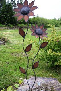Metal petals garden art - Simple metal art projects ...