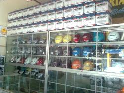Stock Helm Dari Berbagai Merk Dengan Harga Termurah!