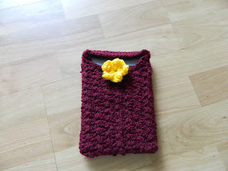 kindle sleeve with flower