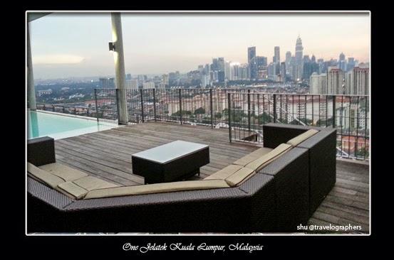 one jelatek, sky terrace, infinity pool, kuala lumpur, sunset, malaysia