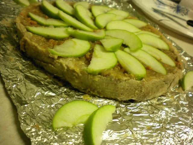 Raw Coconut Tangerine Pie with Zesty Apple Spread