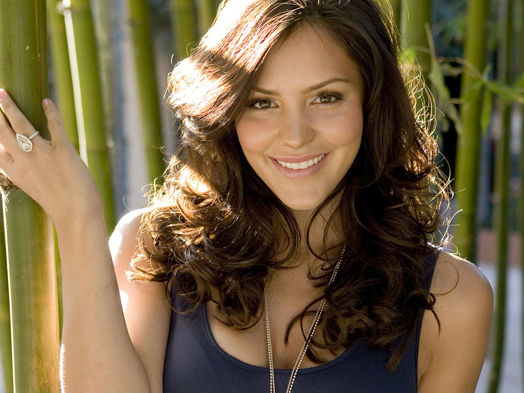Vocalist Katharine Mcphee Beautiful Pop Vocalist Katharine Mcphee