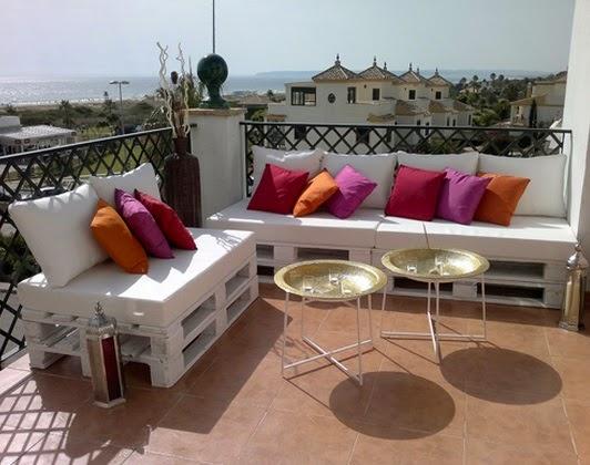 Utiliza los palets en la terraza