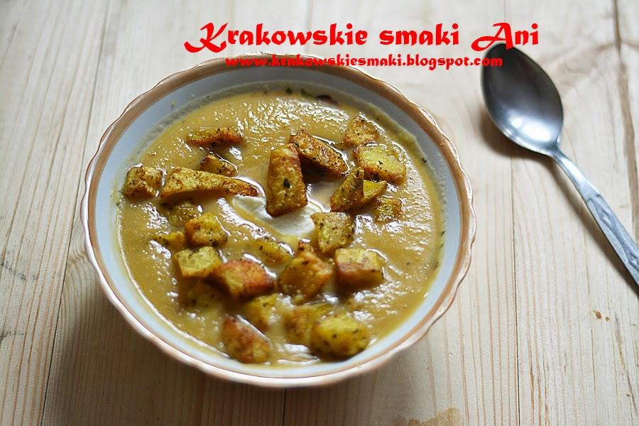 Zupa krem z porów z ziemniaczanymi grzankami