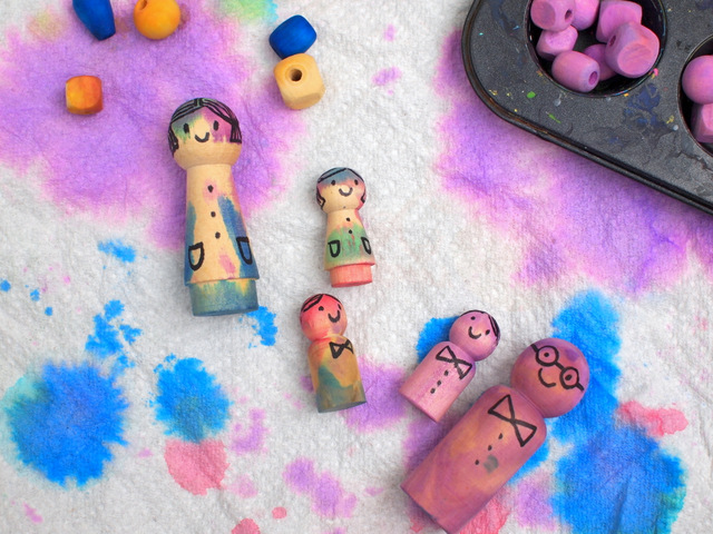 How to dye wooden peg people with liquid watercolors