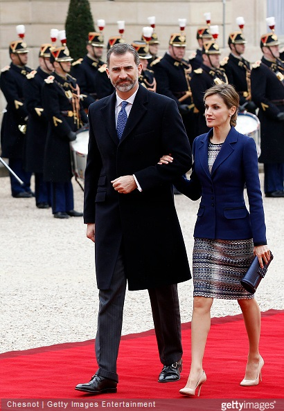 King Felipe VI and Queen Letizia of Spain arrives at the Elysee Palace prior to a meeting with French President Francois Hollande