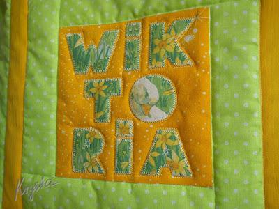 Krystia to uszyła personalizowana poduszka WIKTORIA pikowana patchwork