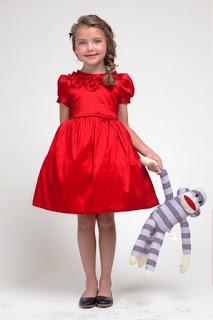 Contoh Gambar Kostum Natal Santa Untuk Anak Perempuan