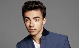 Nathan Sykes lança clipe de Over And Over Again