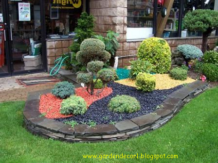 Garden decor garden decorative stones for Decorative garden accents