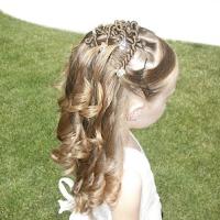 Mädchen kurze frisuren haare kommunion Kinderfrisuren Mädchen