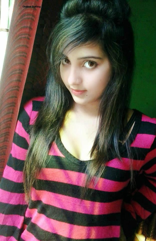 ... Online Dating very Cute And Beautiful Desi University Girls | Hot Desi