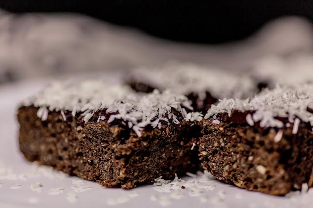 Brownie mit Kokos ohne industriellen Zucker