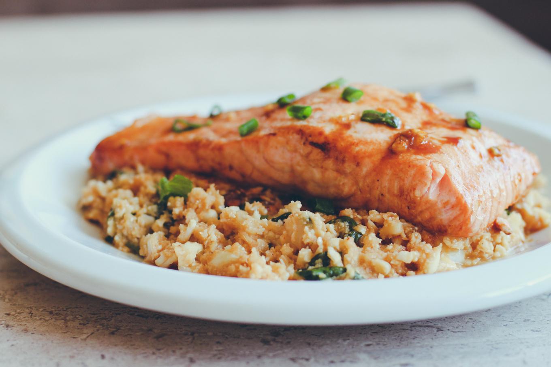 Salmon Burgers with Rice and Arugula