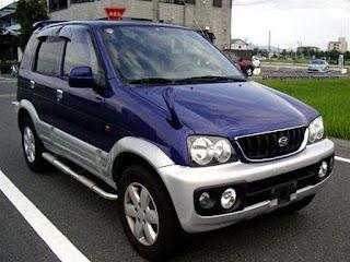 gambar mobil terios
