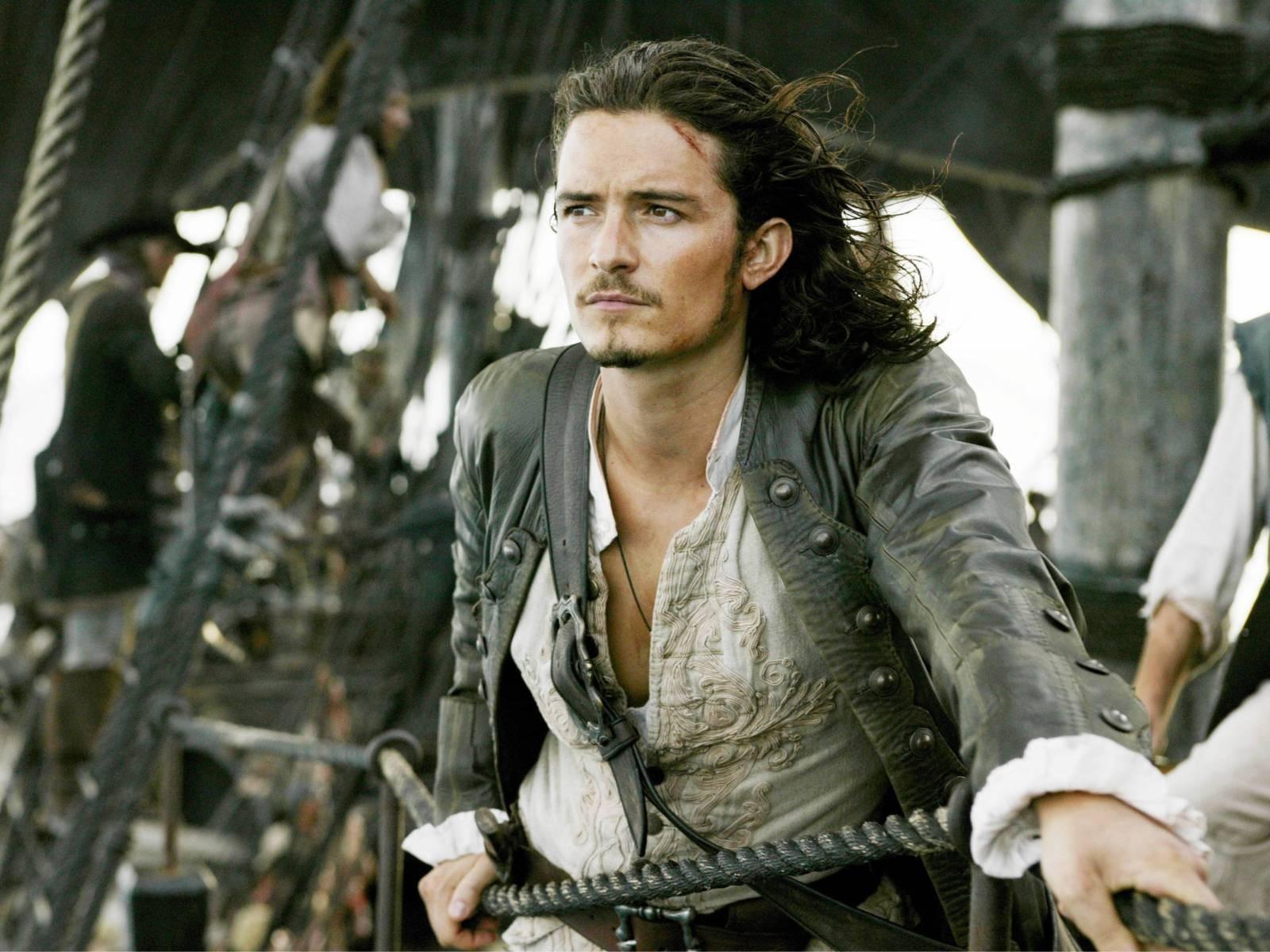 http://1.bp.blogspot.com/--Pgm52AZiTg/UA8lo2VlJpI/AAAAAAAAAxE/nkxxEGvHUH4/s1600/Pirates+of+the+Caribbean+Dead+Man\'s+Chest.jpg