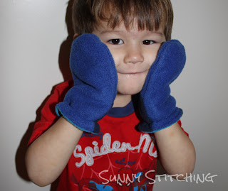 Blue Boys Mittens : Sunny Stitching