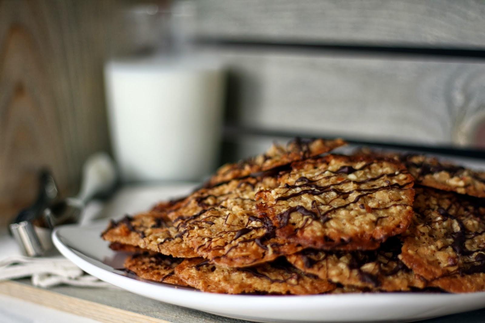 Almond-Oat Lace Cookies Recipe — Dishmaps