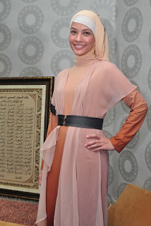 Gambar Baju Muslim Modis ala Rachel Maryam