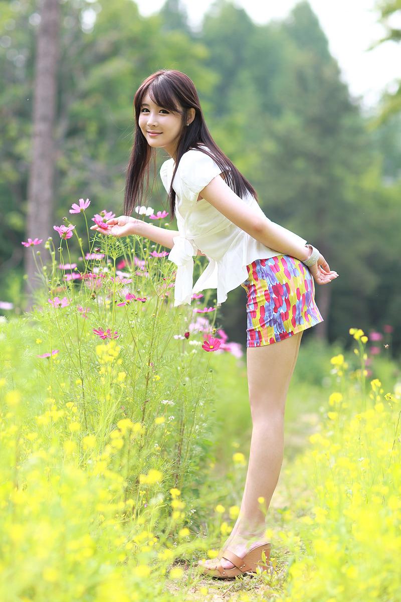 xxx nude girls kim ji min   smile like a flowers