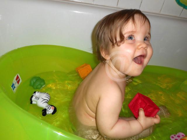 faire le bain de bébé