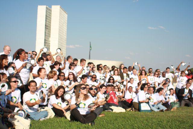 Profs. Pedro e Alcemi em Ato Público pela Aprovação da PEC da Alimentação, Brasília, 2009