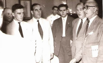 1951 - Visita del equipo lisboeta al local social del Club Ajedrez Ruy López Tívoli 08