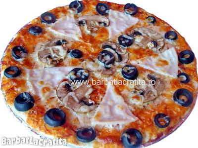 Pizza Capriciosa reteta