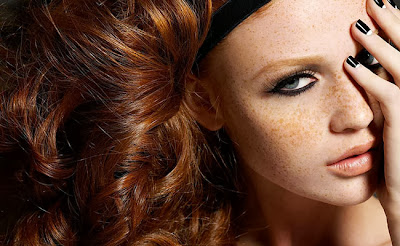 Maquiagem ideal para quem tem sardas