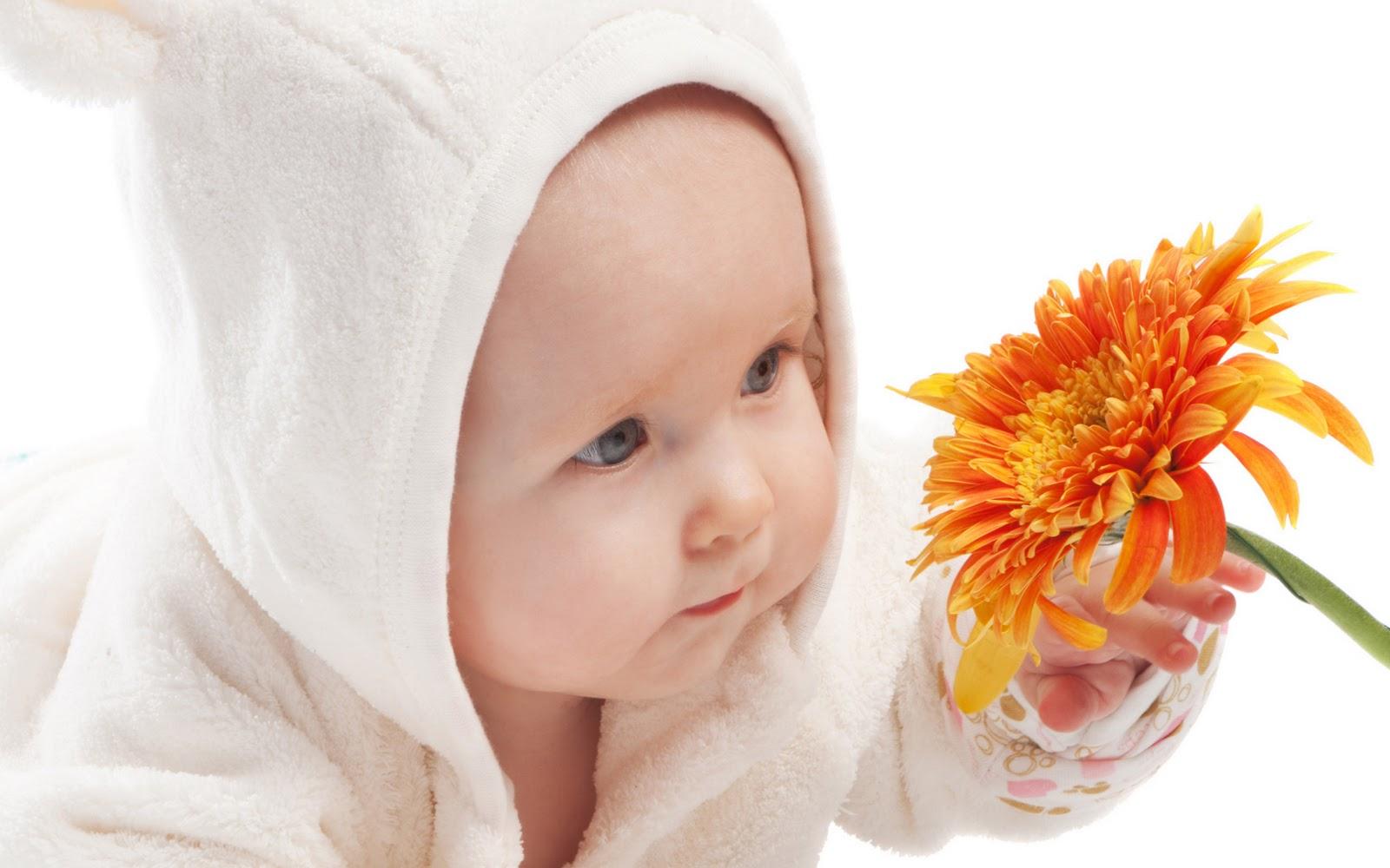 http://1.bp.blogspot.com/--RBwALtnwFs/TrjtT20rRzI/AAAAAAAAMdY/AYF21rX4fcg/s1600/Cute--Baby--Wallpaper---010.jpg