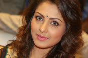 Madhu Shalini gorgeous looking photos-thumbnail-17