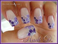 Light/dark purple flowers