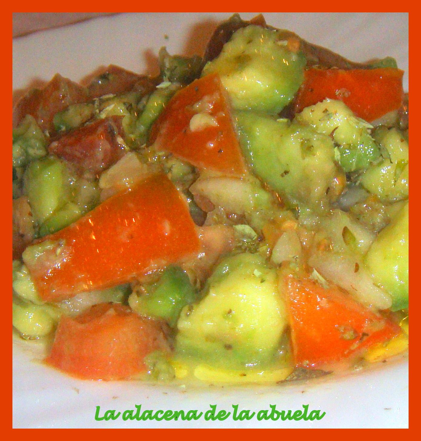 La alacena de la abuela carmen ensalada de aguacate con for Cocina casera de la abuela