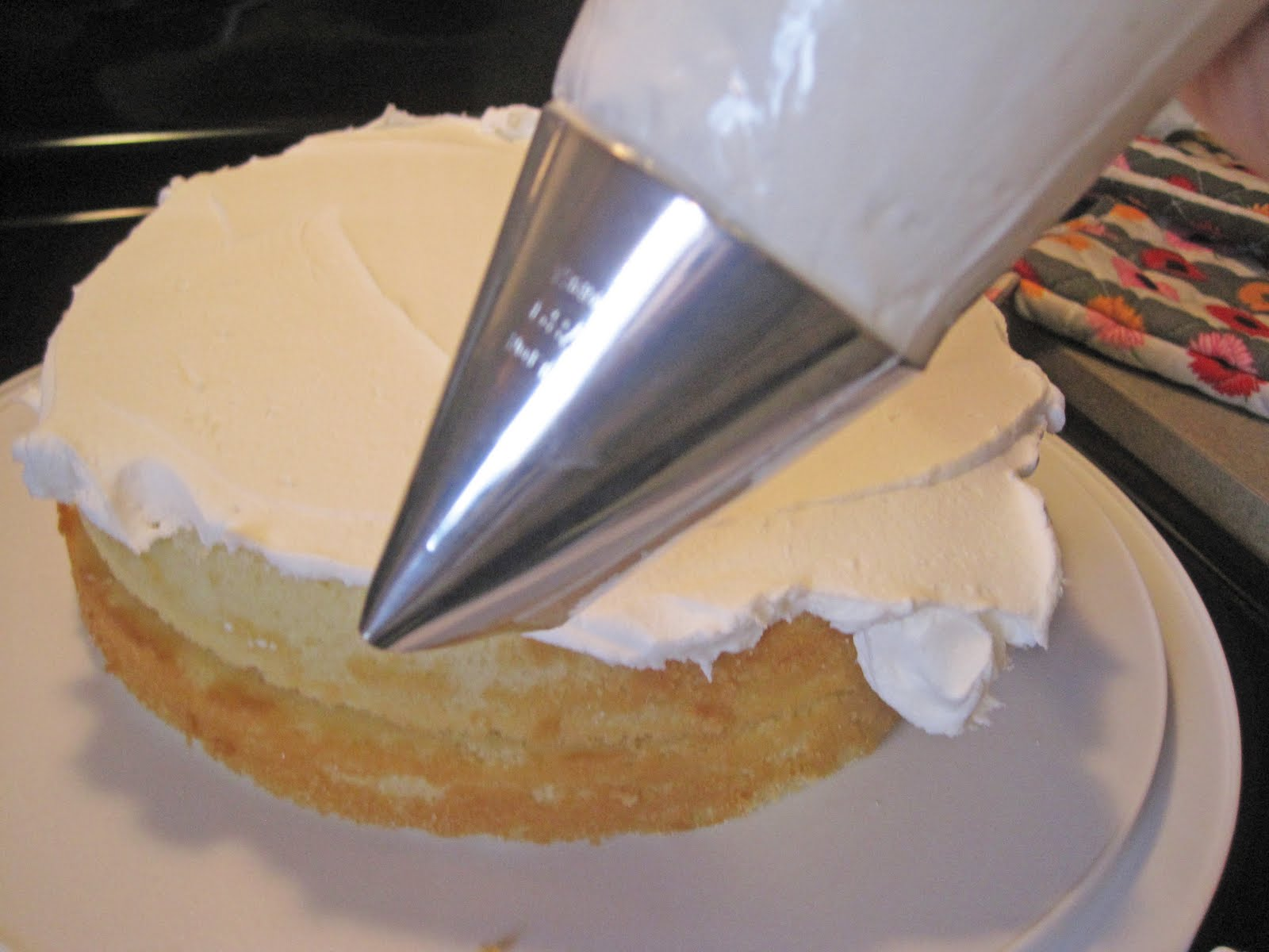 Cake Boss Vanilla Icing Recipe : Cake Recipe: Cake Boss Ganache Recipe