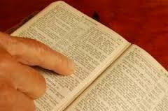 CONSULTAR A PALAVRA NÃO É BIBLIOMANCIA OU HERESIA