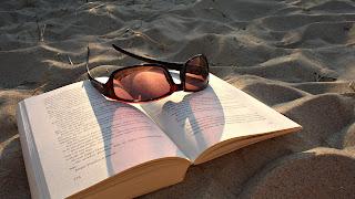 Book Gogle on Sand