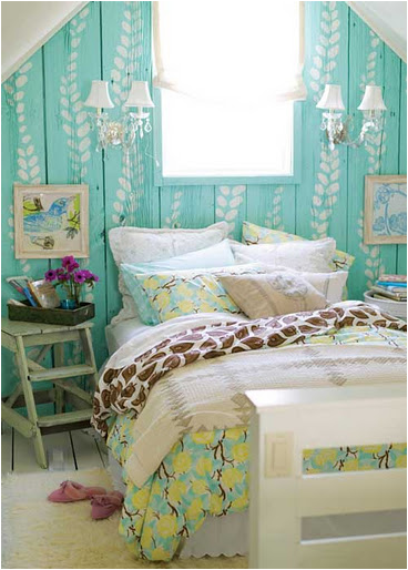 this is a true vintage style teen girls bedroom check out the old time easter shoes by the bed isnt that just a cute touch to the style blue vintage style bedroom