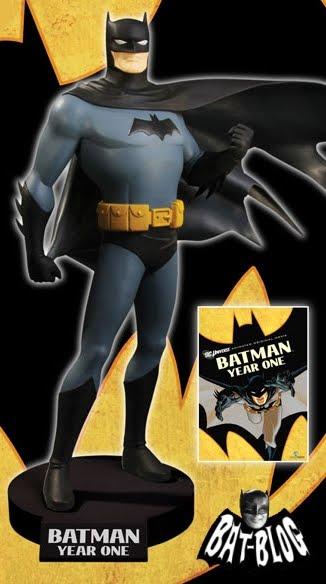 Batman Year One statue Statue-batman-year-one-dvd-movie-maquette