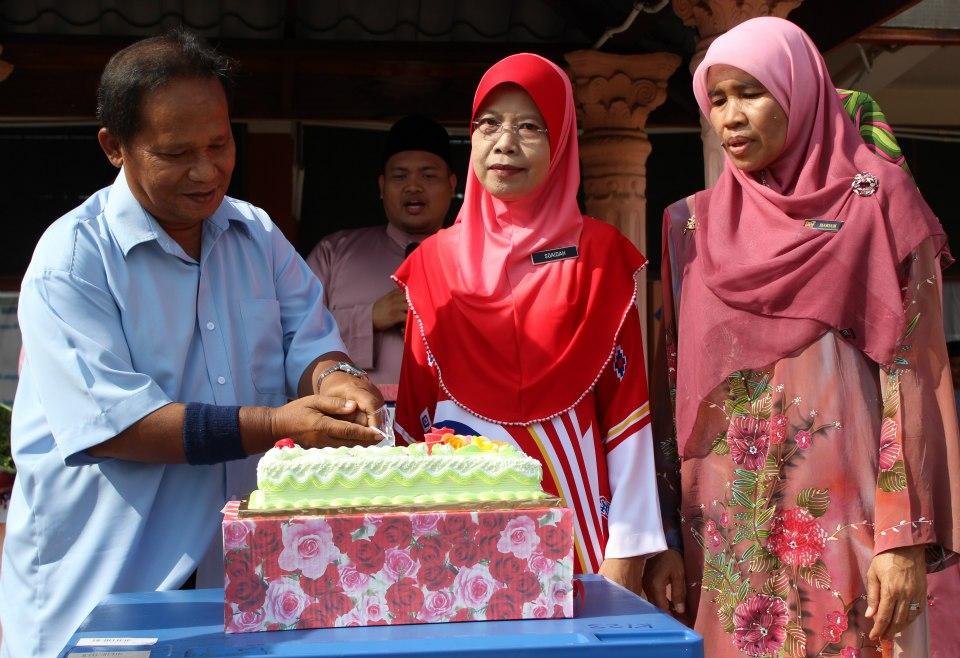 GALERI CIKGU NORLIZA..: Sambutan Kemerdekaan Malaysia ke 55 di SMK ...