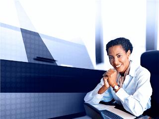 presentación mujer de negocios con vídeo