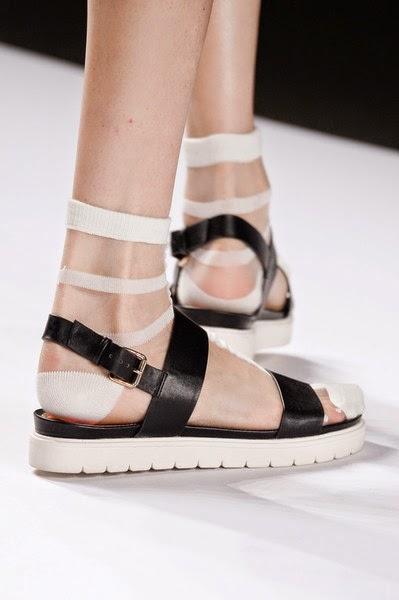 VivianneTam-elblogdepatricia-shoes-trendalert-uglyshoes-calzado-calzature-scarpe