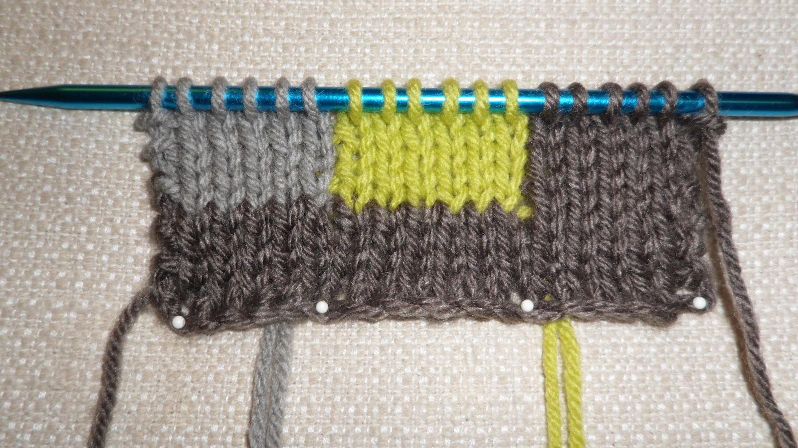 Intarsia Knitting Patterns : stitch by stitch i knit: Learning Intarsia