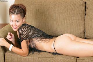 Naked brunnette - Sexy Girl - max - naked 741