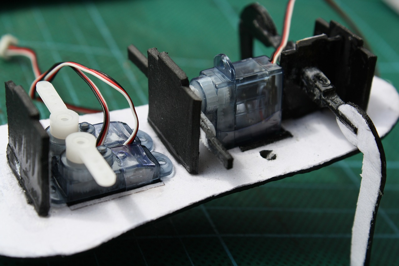 Servo motor interface with arduino mechatrofice for Servo motor position control system