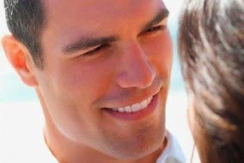 Οι 10 κλασσικές ατάκες των ανδρών όταν φλερτάρουν